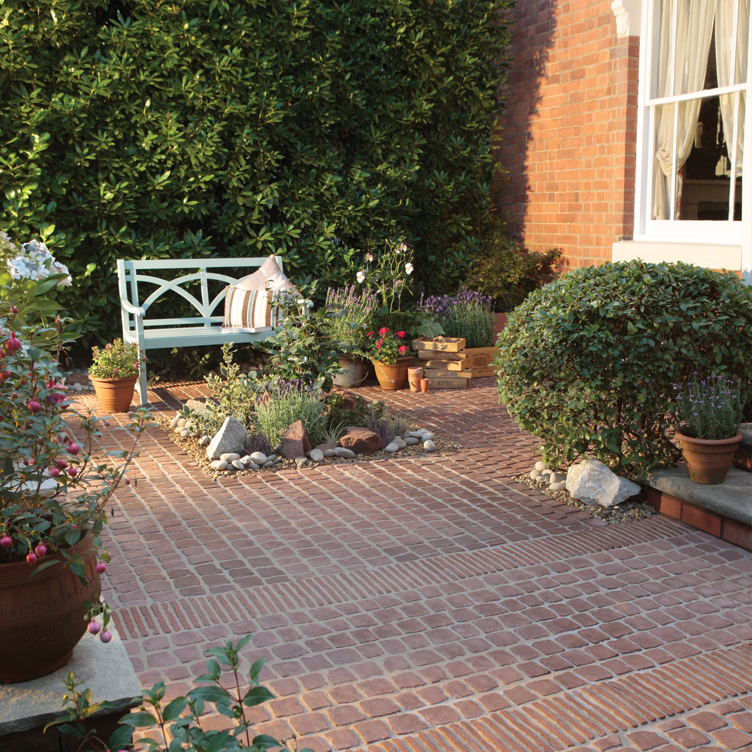 Carpet stones for Garden paving designs